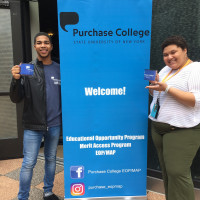 EOP Freshman, Randy Nunez (left) and Alondra Geronimo Martinez posing with Welcome sign