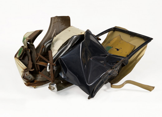 John Chamberlain, Untitled, circa 1962 Painted steel, 25 x 54 x 30 inches Collection Neuberger Museum of Art, Purchase Col...