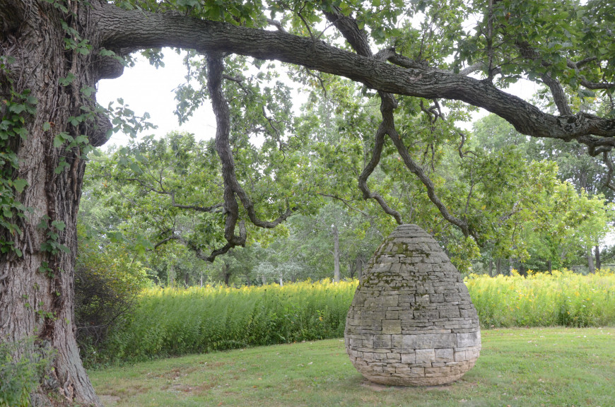 Andy Goldsworthy, East Coast Cairn, 2001, limestone, collection Neuberger Museum of Art