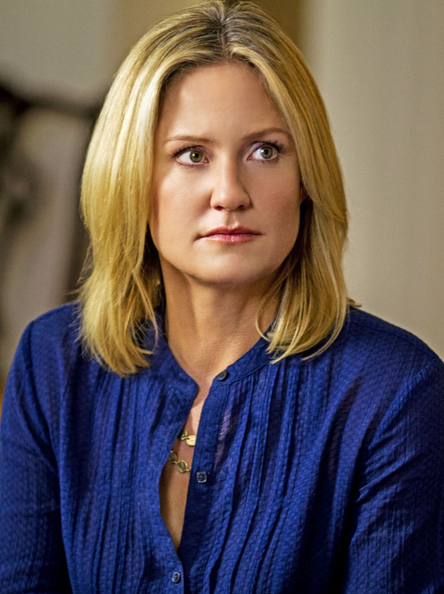Three-time Emmy® and two-time Golden Globe® nominee Sherry Stringfield is Laura Mayfield- Benne...