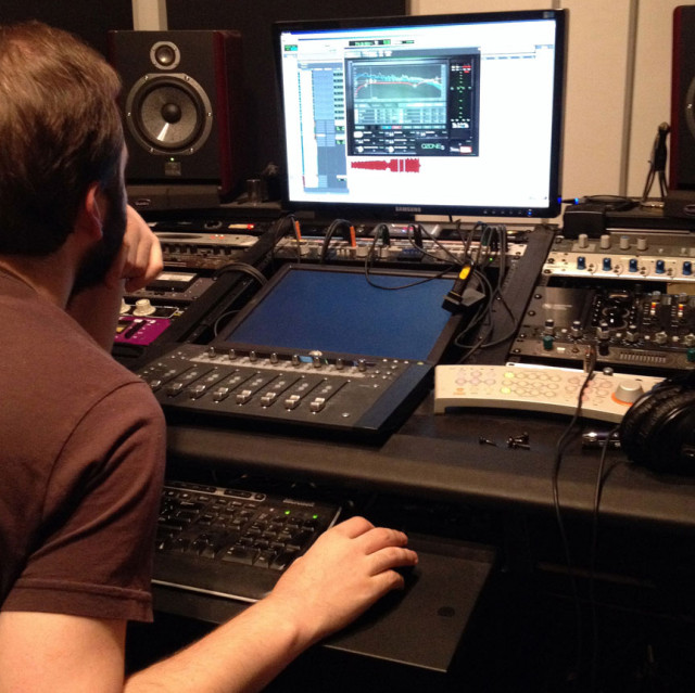 Jon Jetter using Ozone in a mastering session, NYC