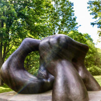 Henry Moore - Large Two Forms
